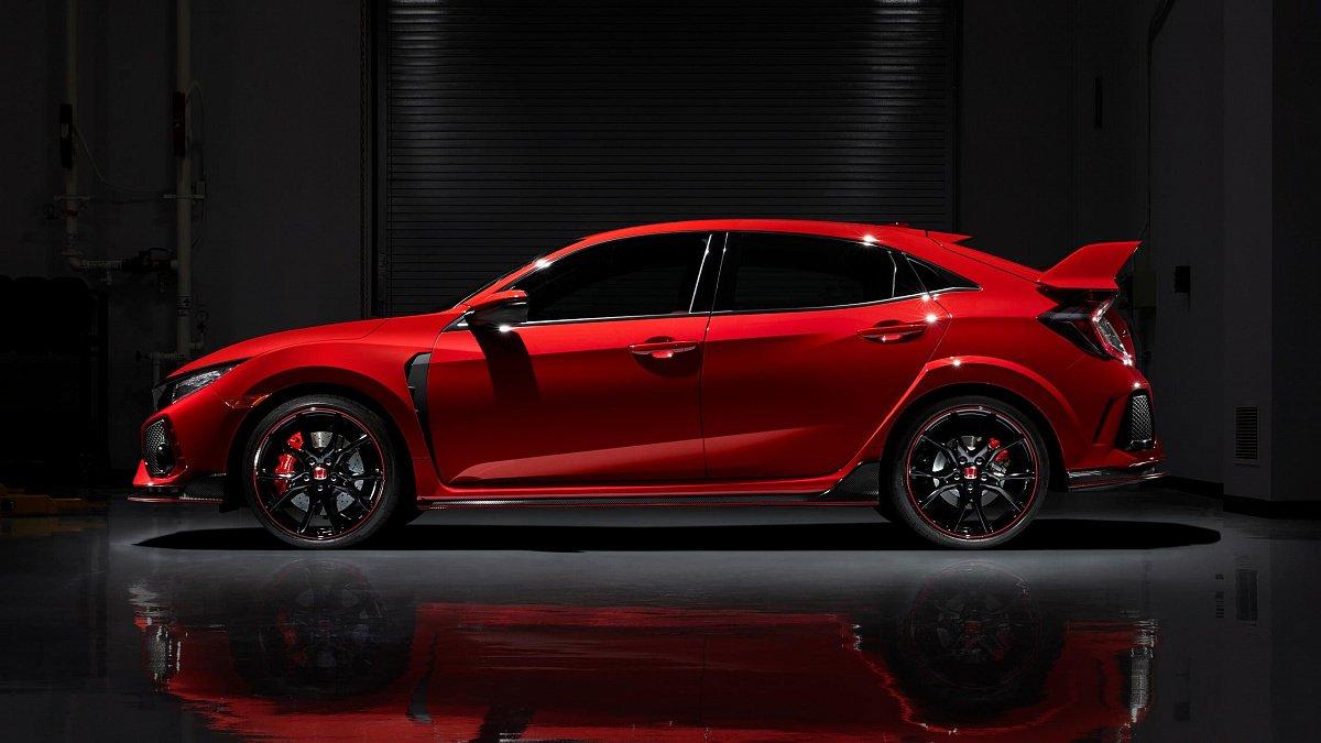 Новый Хонда Civic Type R2019 получил новый цвет имультимедию
