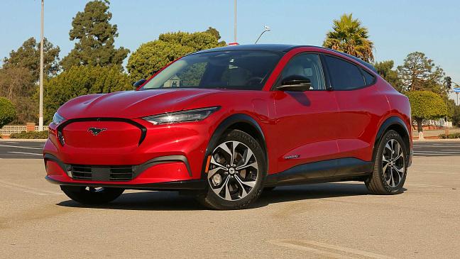 Стартовало серийное производство долгожданного электромобиля CUPRA Born