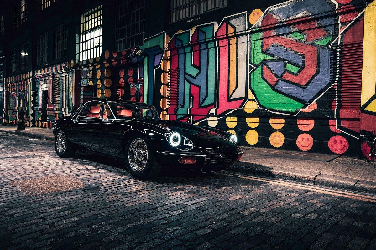Дебютировал новый рестомод Jaguar E-Type с 6,1-литровым 400-сильным мотором V12