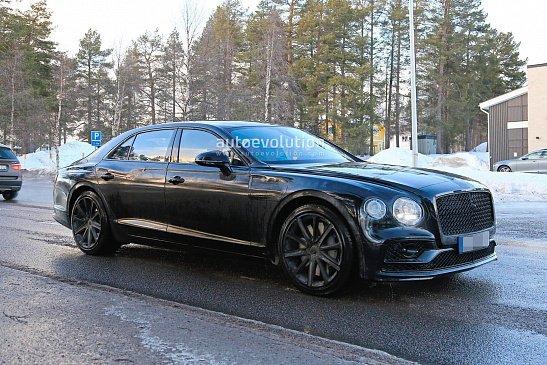 Это гибридная версия 4-дверного купе Bentley Flying Spur?