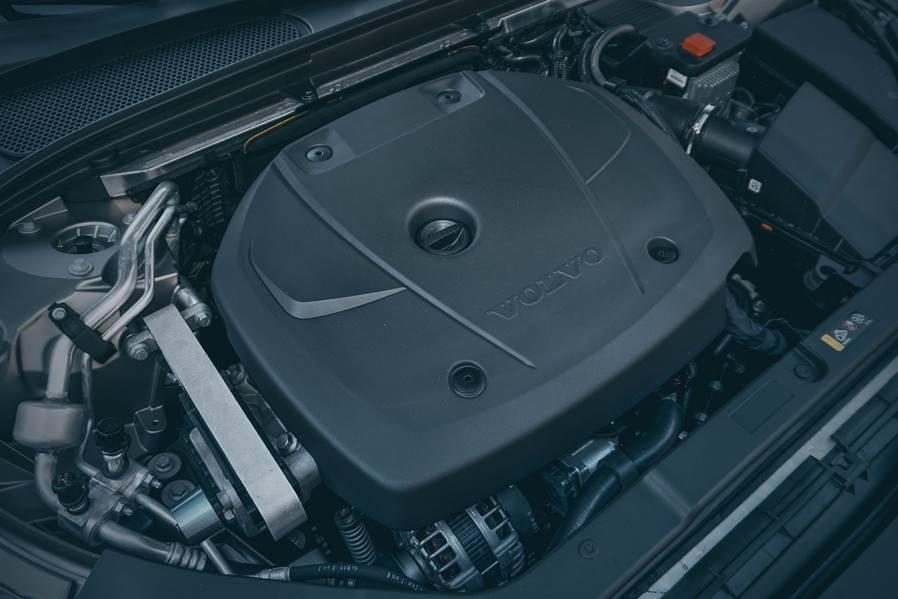 Тест-драй Volvo S60 T5 от CarsWeek.ru